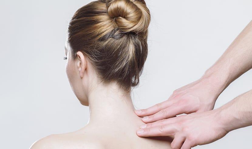 digitopuntura en la espalda
